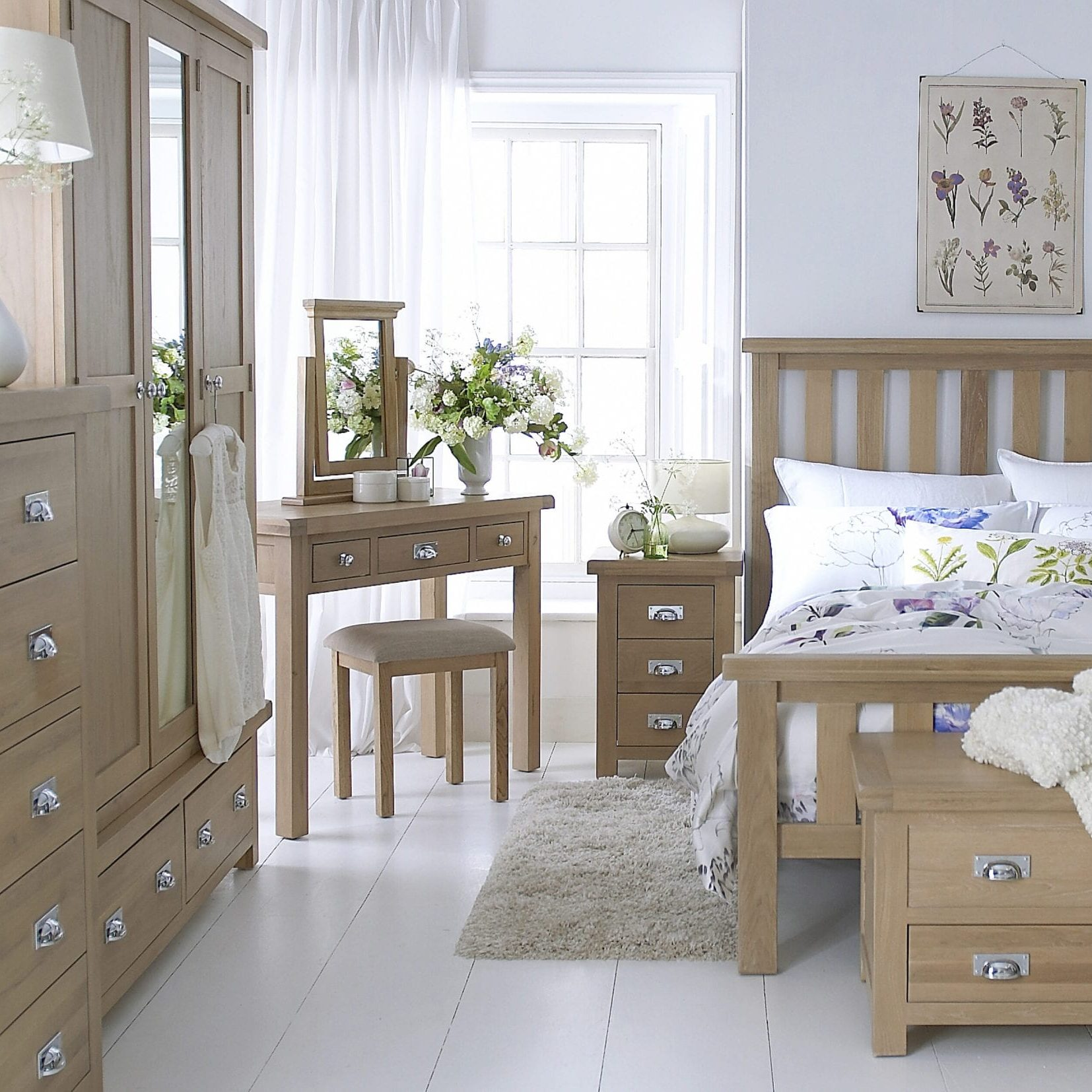 Light Oakham Bedroom Range